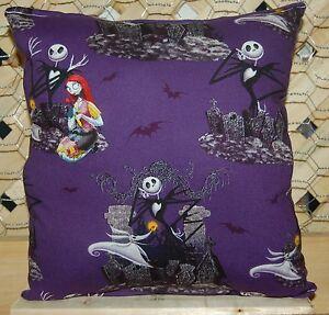 Nightmare-Before-Christmas-Pillow-Jack-Skellington-amp-Sally-Pillow-HANDMADE-USA