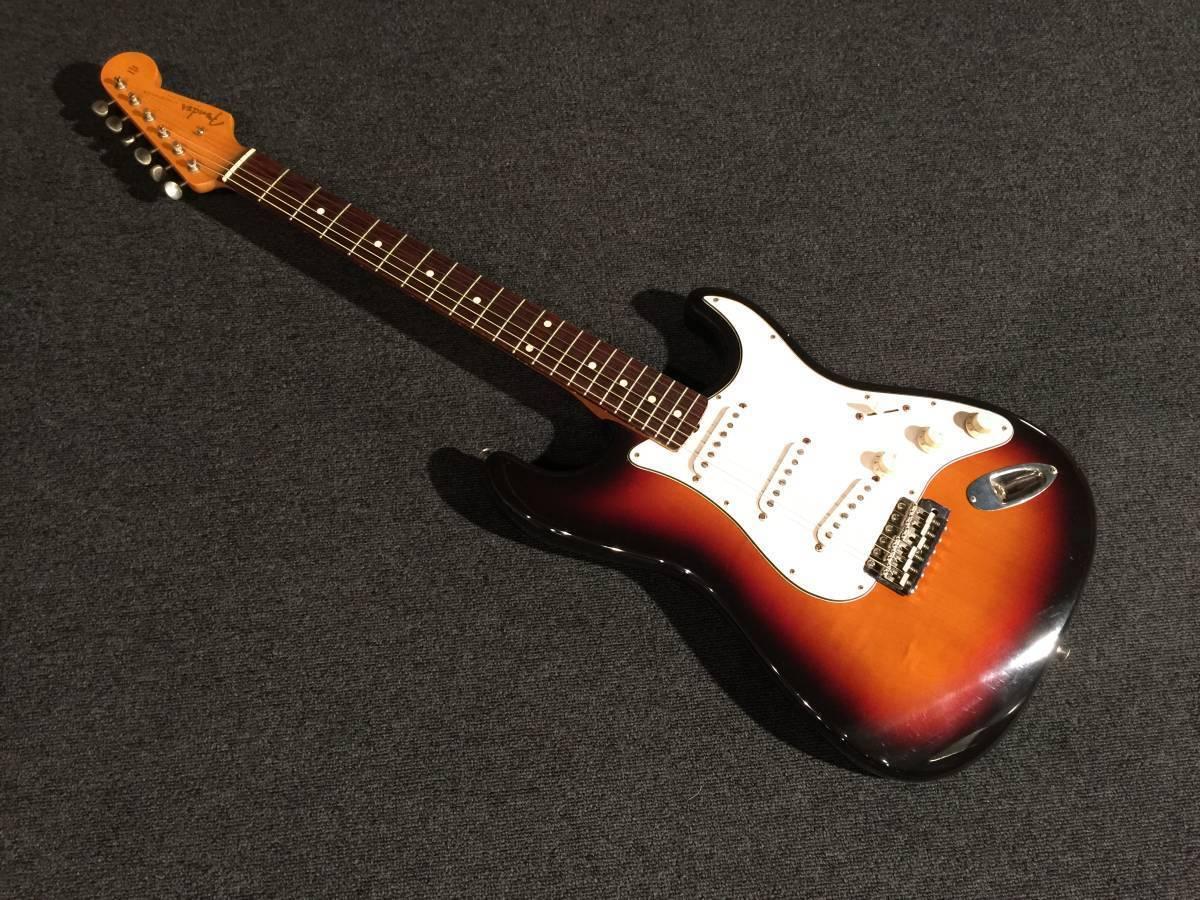 Fuji stringed instrument Fender Japan ST 62 - 53 3 TS   R No.044316 EMS F S