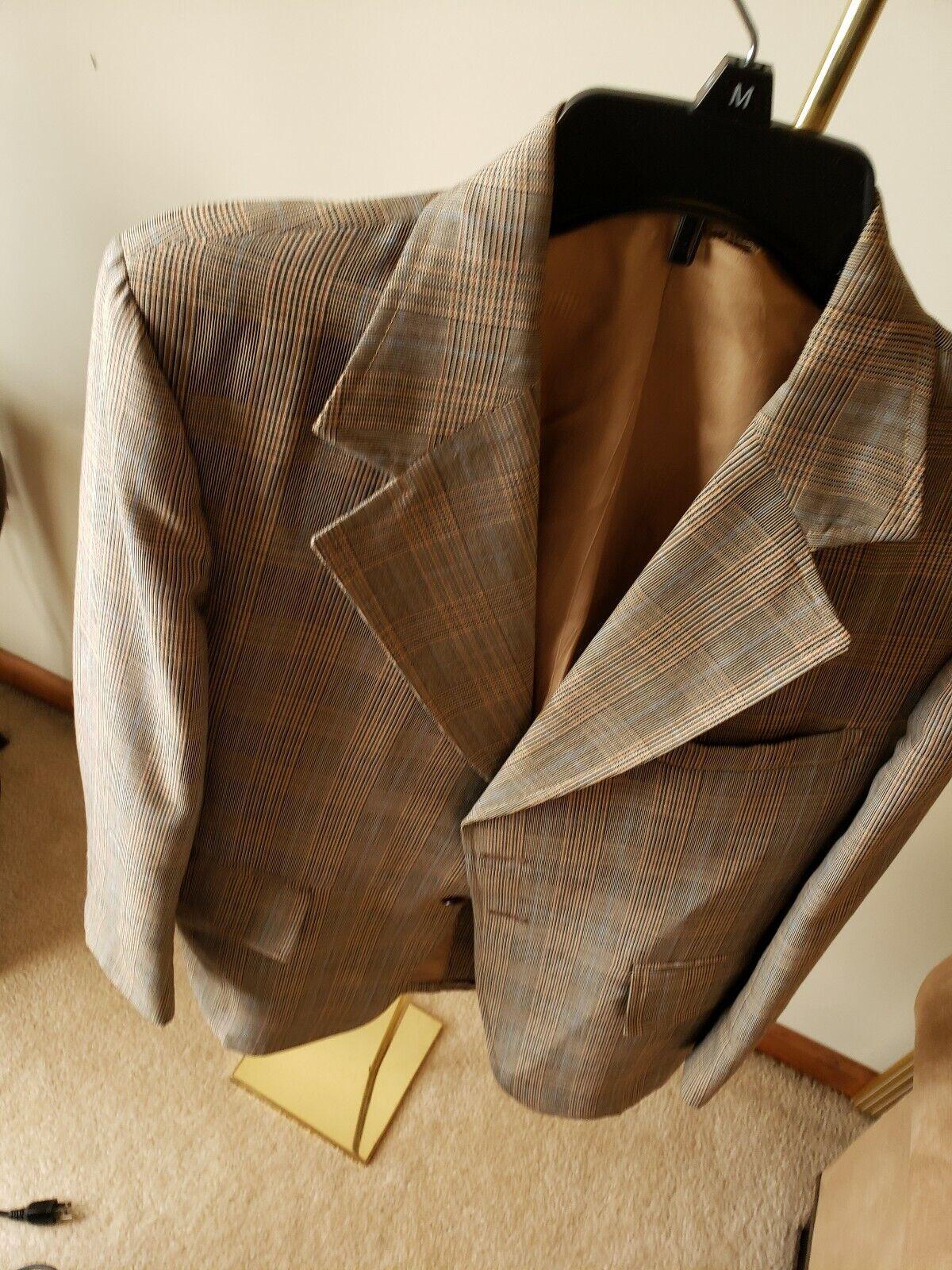JULLIARD VTGE  Men's Brown Plaid Peaked Lapel 6x3 DB 100% Wool Suit- 38W 34R.