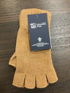 100% Cashmere Fingerless Gloves | Johnstons of Elgin | Made in Scotland | Camel