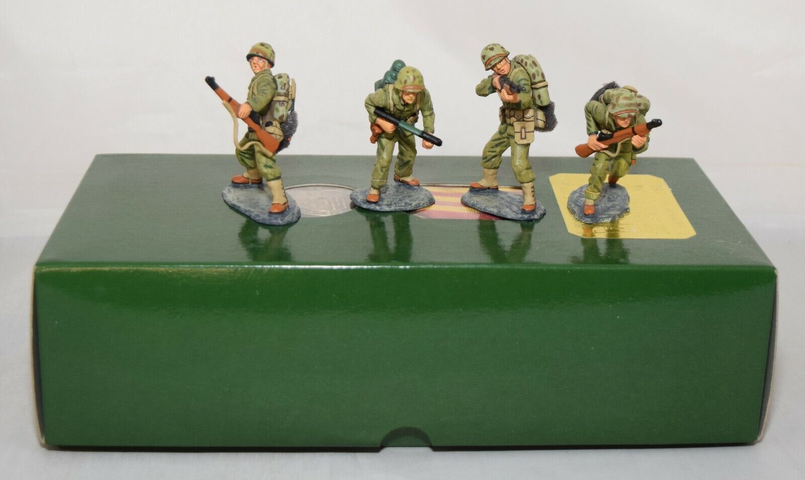 KING AND COUNTRY COUNTRY IWJ002 IWJ02 FIRE SUPPORT - IWO JIMA 1 30 SCALE BOXED