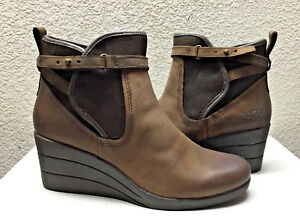 a37e33fac5b8 UGG EMALIE STOUT WATERPROOF LEATHER ANKLE WEDGE BOOT US 10   EU 41 ...