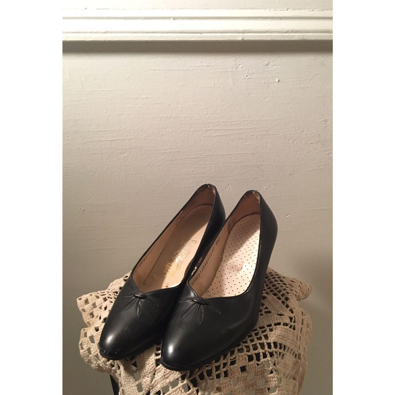 Salvatore Ferragamo Boutique Womens 6 1 2 Black Heels Italian Vintage