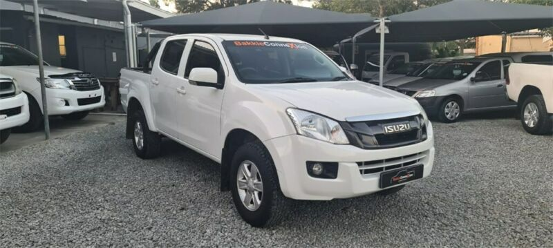 2015 Isuzu KB 250 D-TEQ D/Cab LE, White with 210000km available now!