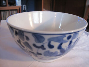 Antique-Chinese-Porcelain-Blue-amp-White-Rice-or-Noodle-Bowl