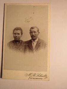Flensburg-Paar-Mann-und-Frau-Portrait-CDV