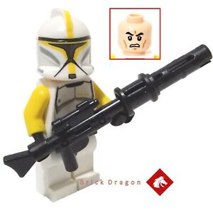 Lego-Star-Wars-Clone-Trooper-Commander-minifigure-from-75019