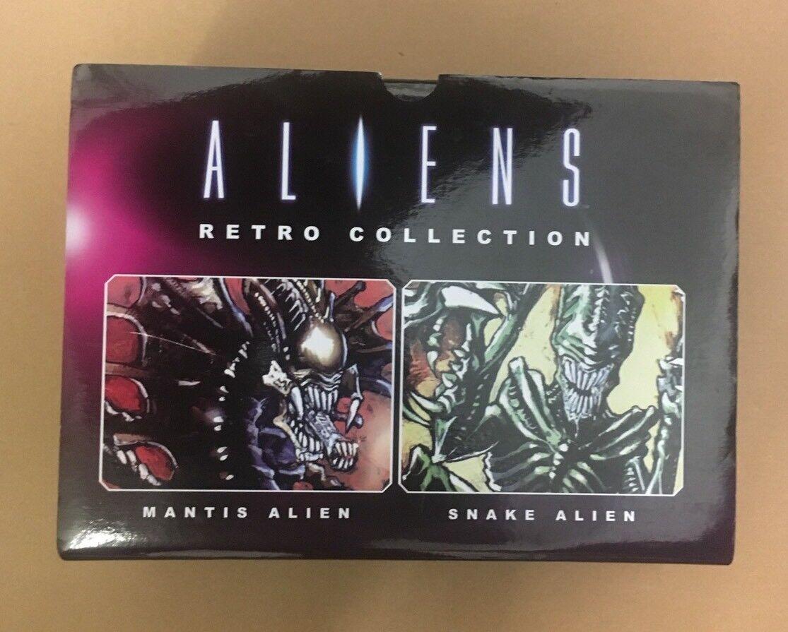 Retro Mantis & Snake Set (Aliens) Figure Collection