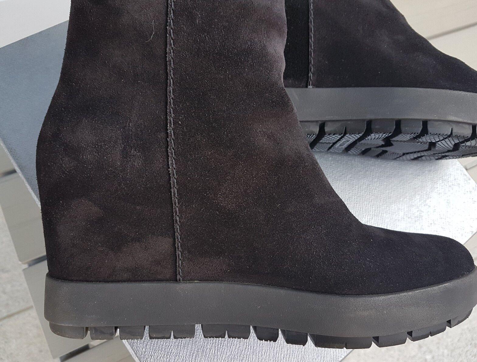 Grandes zapatos con descuento Stivali donna Prada camoscio nero 40 IT con tacco plateau