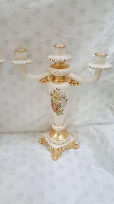 Candeliere A 3 Fiamme In Ceramica Avorio E Foglia Oro Decoro Rose Via Veneto