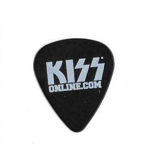 KISS-Online-2009-Official-Kiss-Army-Guitar-Pick-Black-White-Gene-Paul-Eric-Tommy