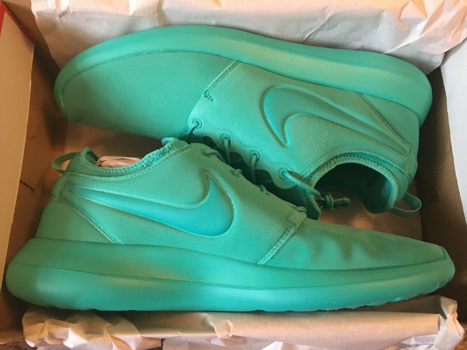 NIKE ROSHE 2 Running Trainers- () - Clear Jade-RARE COLOUR