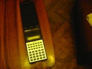 Casio-calculator-FX-82D-Fraction-Taschenrechne-Hard-Box