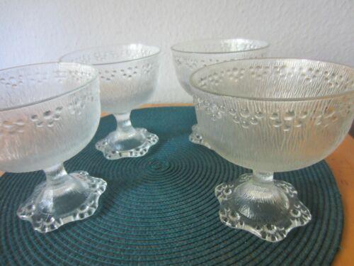 4 Glas Eis / Dessert Schalen Gläser Finnland ?
