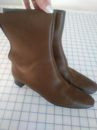 Vintage MOD 1960s Short Brown  Go-go Boots 9.5