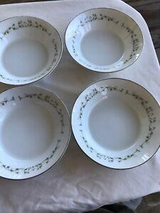 Set-of-4-Dessert-Bowls-Sheffield-China-Fine-China-of-Japan-ELEGANCE-502-5-3-4