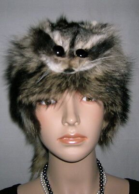 NEW RACCOON FUR MOUNTAIN MAN FUR HAT WITH FACE MADE IN USA