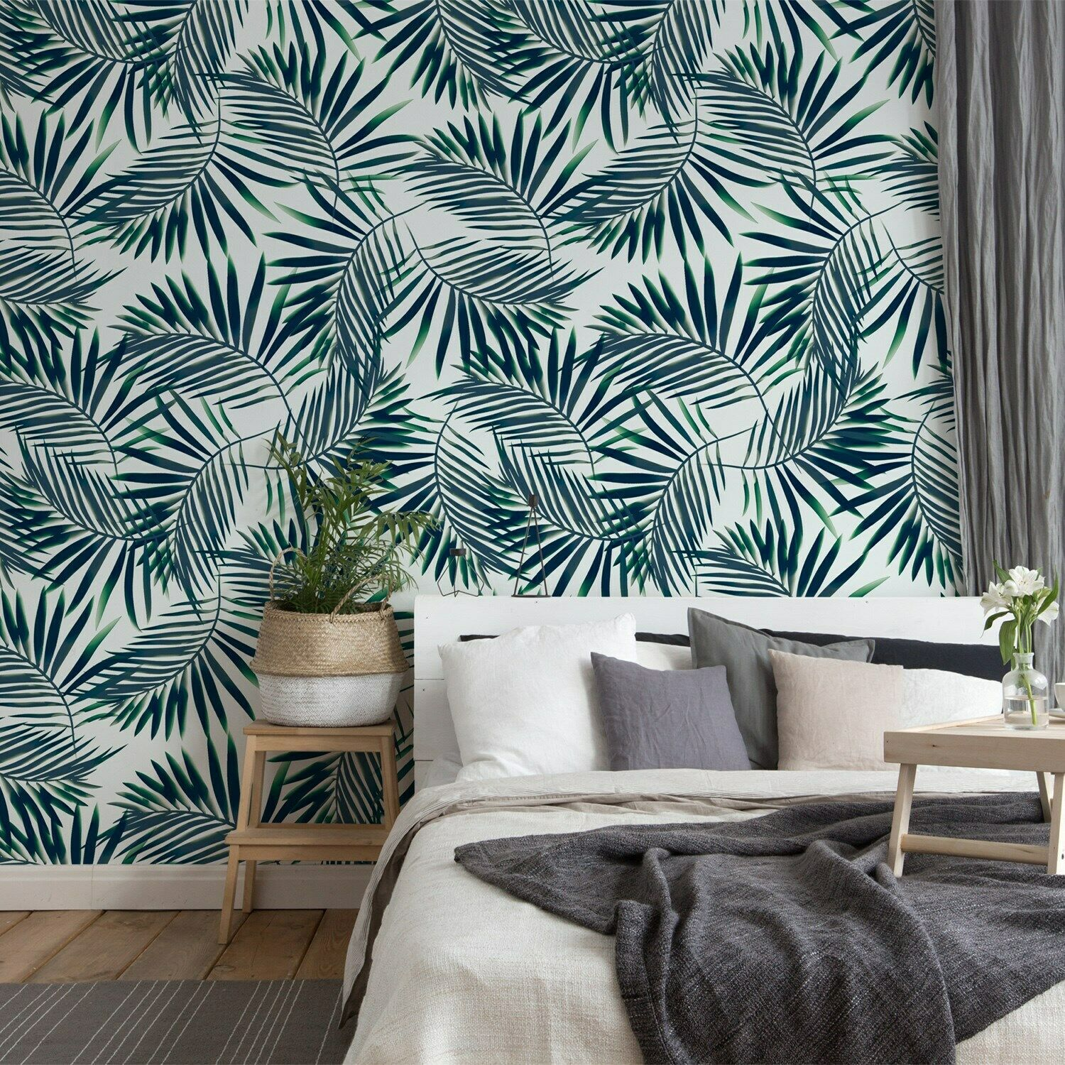 Minty Dark Tropic Leaves Non-Woven wallpaper Traditional Roll Home Mural Decor
