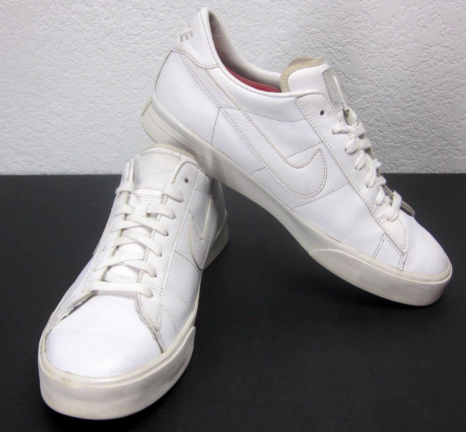 NIKE 2018 (SZ 9.5) WHITE ON WHITE LEATHER BASKETBALL SNEAKERS ATHLETIC SHOES AIR