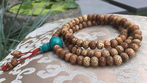 Schoene-MALA-Gebetskette-aus-Lotus-Samen-und-Tuerkis-Guru-Bead-aus-Nepal-80cm