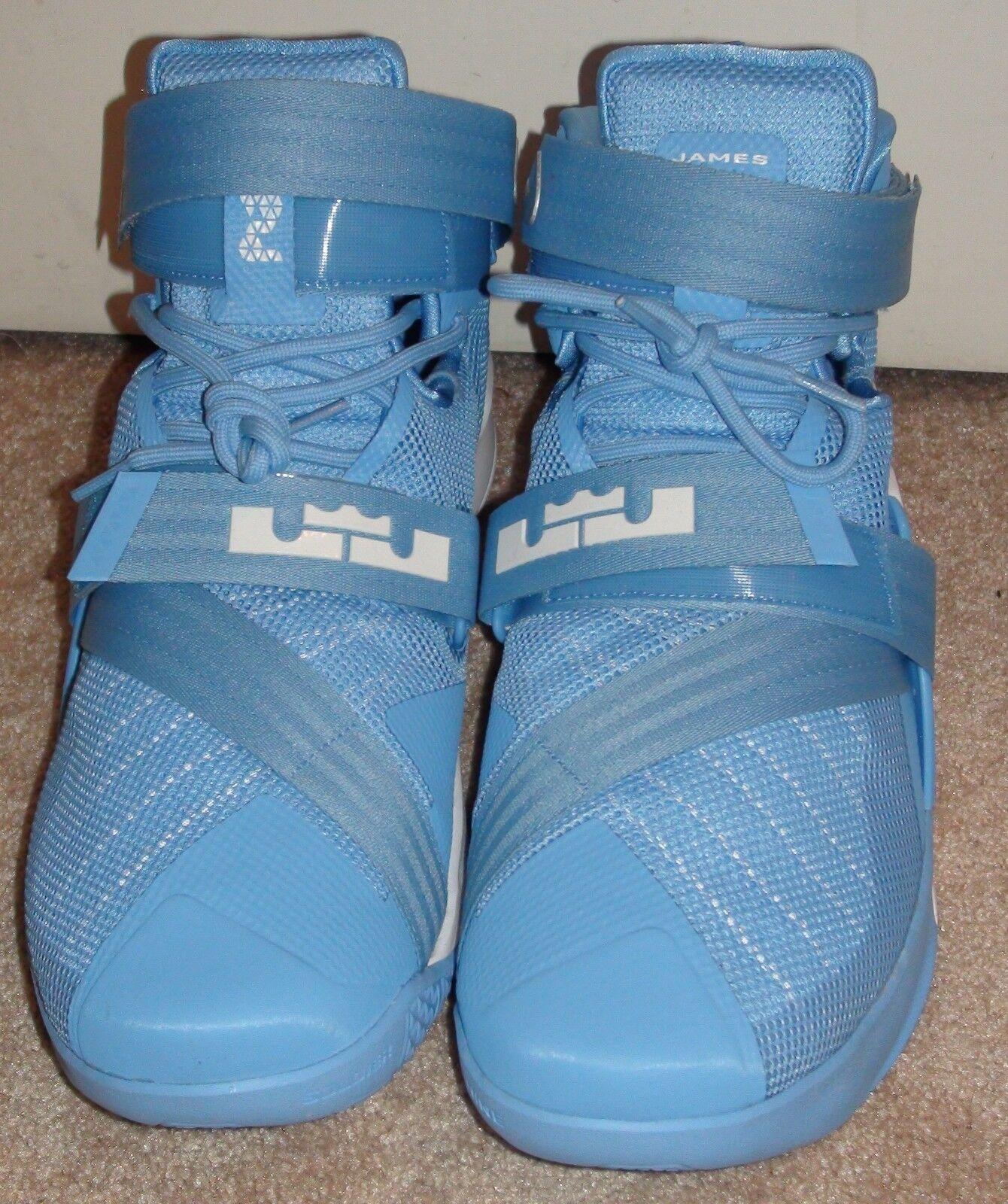 Nike Lebron Soldier IX 9 Basketball Shoes UNC North Carolina 813264 442 Sz 15.5