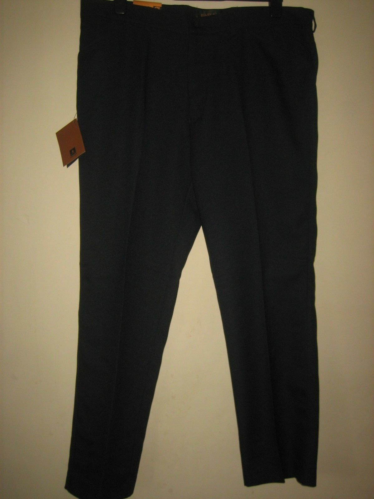 PP61) (NEW WITH TAGS ) MENS  FARAH STRAIGHT LEG NAVY TROUSERS  WAIST 40 LEG 31