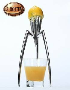 Spremiagrumi-ALESSI-Juicy-Salif-PSJS-in-Alluminio-Spremi-Agrumi-Citrus-Squeezer