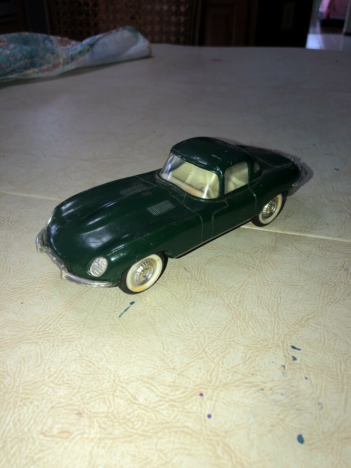 Jaguar XKE Number 1617–74 Made Made Made In Hong Kong Plastic And Metal Toy 416c92