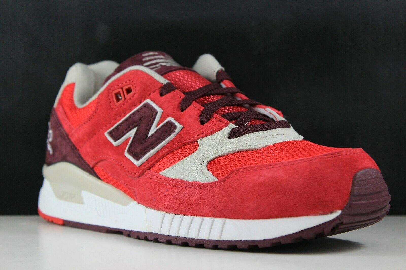 New Balance Size 9.5 Mens Infrared Red White M530RAA