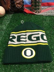 Oregon-ducks-Nike-winter-hat-beanie-cap-adult-h12