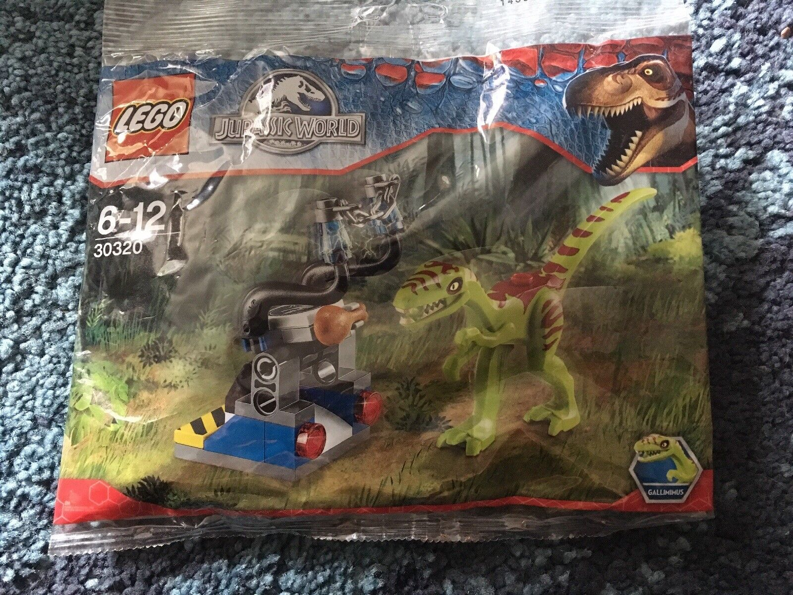 Brand new LEGO Jurassic World polybag 30320