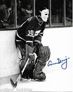Vancouver-Canucks-Cesare-Maniago-Signed-Autographed-8x10-Photo-COA-B