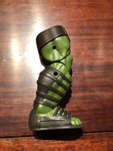 The-Hulk-s-Right-Leg-Of-The-Build-A-Figure-Marvel-Legends-Series-Thor-Ragnarok
