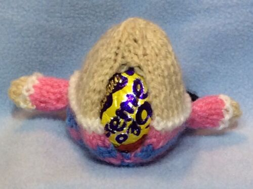 Humpty Dumpty Easter chocolate cover fits Creme Egg KNITTING PATTERN