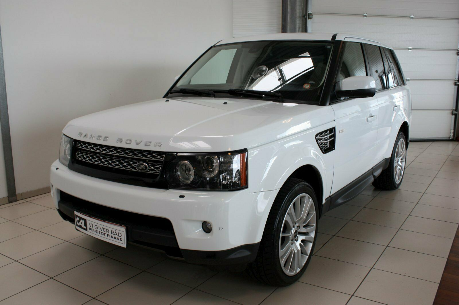 Land Rover Range Rover Sport 3,0 SDV6 SE aut. 5d - 429.900 kr.