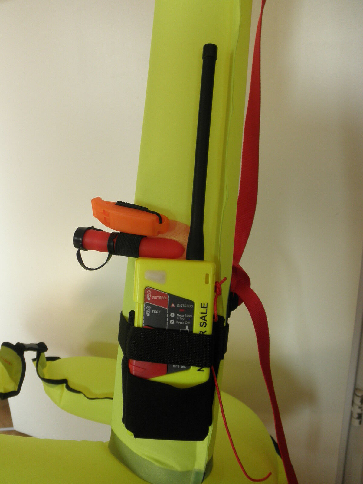 SeaCurity Rescue Buoy, Marker Buoy, Rescue Markierungs und Rettungsboje in ABS Container 26c180