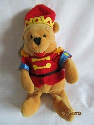 """Disney Store 8"""" Winnie The Pooh-schiaccianoci-beanie Peluche Giocattolo Morbido-mostra Il Titolo Originale Ottima Qualità"""