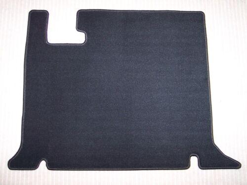 Maß $$$ DeLuxe Fußmatte passend für BMW Isetta schwarz NEU $$$ Velours