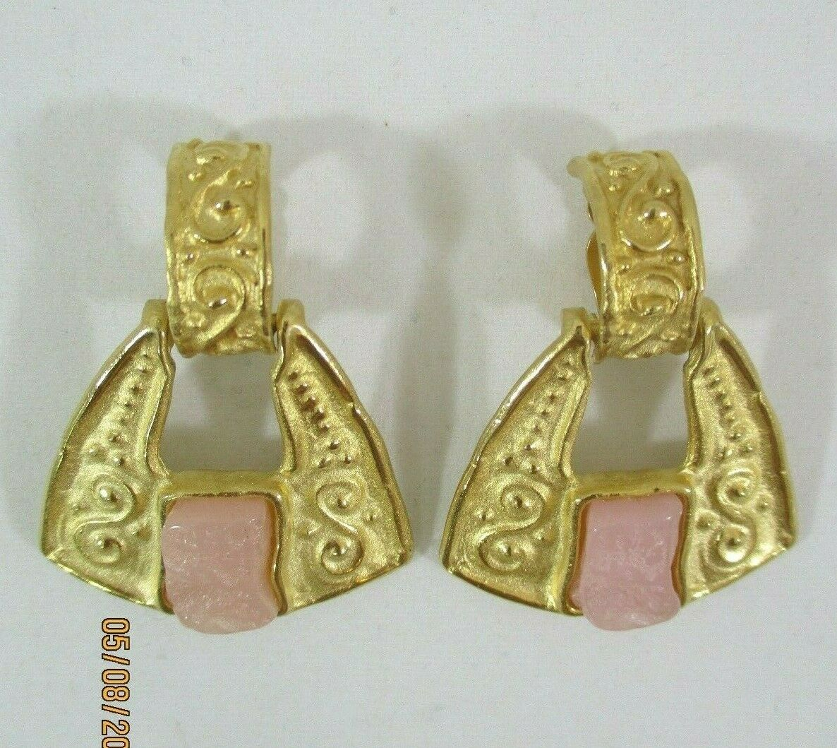 Givenchy gold Tone Carved Pink Stone Scrollwork Hinged Dangle Clip On Earrings