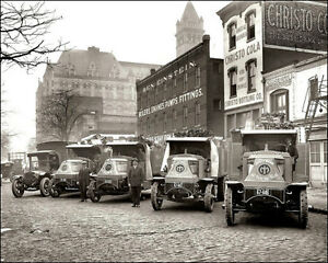 Piggly-Wiggly-2-Photo-Delivery-Trucks-Wash-DC-1924