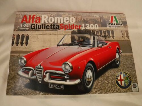 """1//24 Italeri Alfa Romeo Giulietta Spider 1300 Convertible # 3653 /""""2018/"""" F//S Box"""
