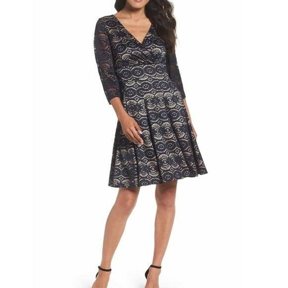 Eliza J Lace Fit and Flare Bell Sleeve Dress Navy Blau Sz 10 New
