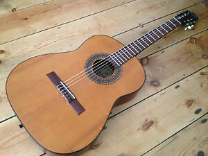 1970s-Framus-Classical-Spanish-Guitar-Made-in-W-Germany-Unusual-Instrument