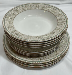 Christopher Stuart Optima Newport Pattern Super Strong Fine China Dinnerware Set