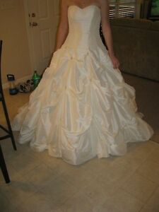 Maggie-Sottero-Capri-Wedding-Dress