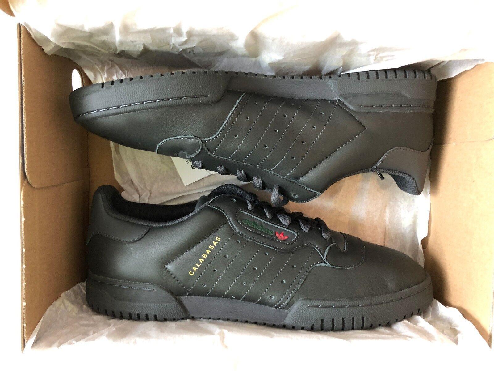 Adidas Yeezy Powerphase negro 44