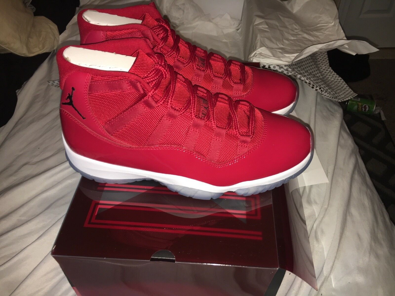Win like 96 ds size 10 never worn