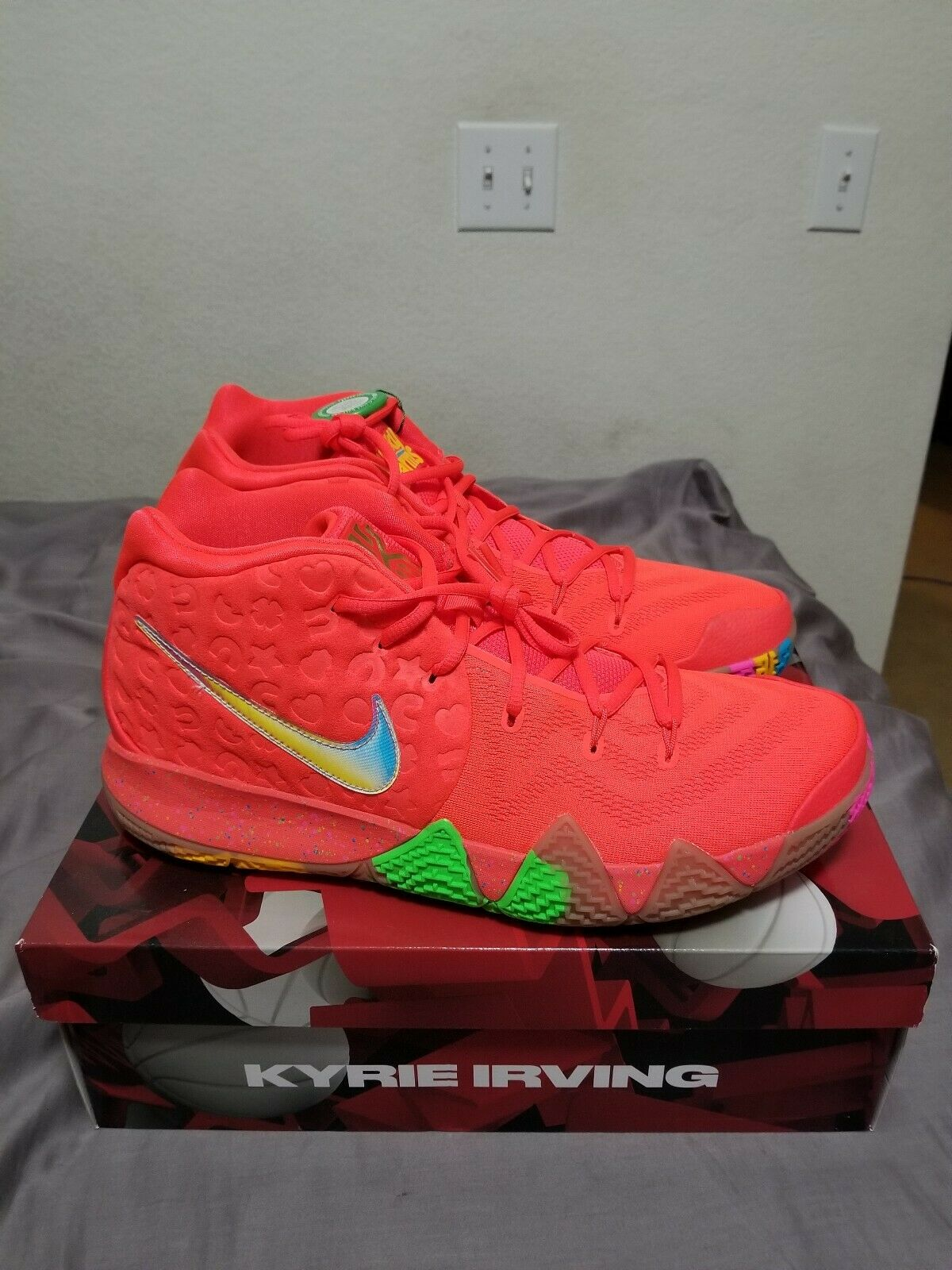 a2b2103e85a6 Nike Nike Nike Kyrie 4 IV Lucky Charms Cereal Pack BV0428-600 Size 14 b7eb46