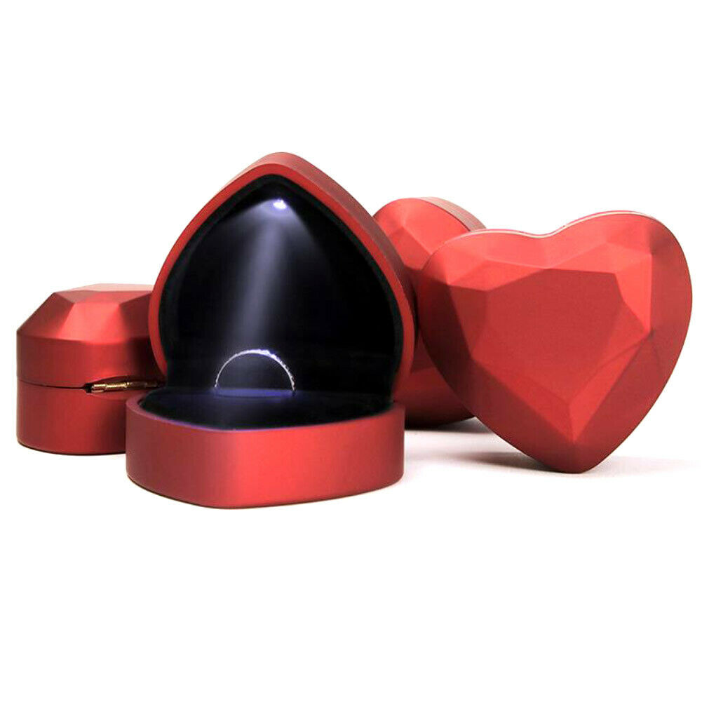 HEART LED LIGHT RING HOLDER BOX PROPOSAL WEDDING BAND DISPLAY STORAGE CASE NICE