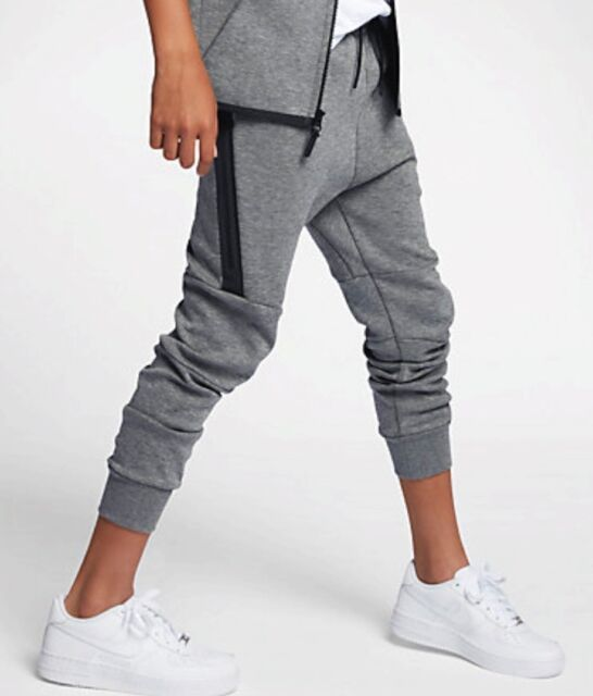 dd2da7fb5a16 Nike Sportswear Tech Fleece Boys Pants Size 6  86b203-g4w for sale ...